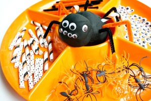 Spider-Activities-for-Kids-Create-Play-Dough-Spiders